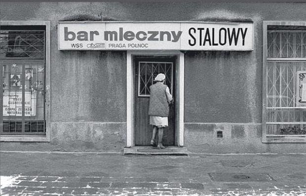 z7815946Q,Bar-mleczny---polski-rodzaj-baru-szybkiej-obslugi-