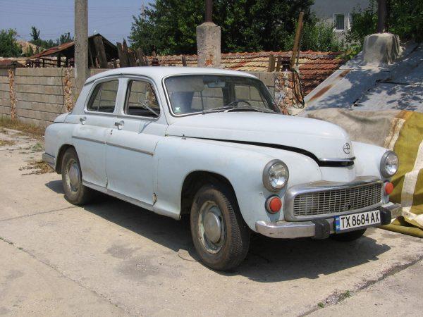 FSO_Warszawa_203,_204,_223_or_224_in_Bulgaria,_2007